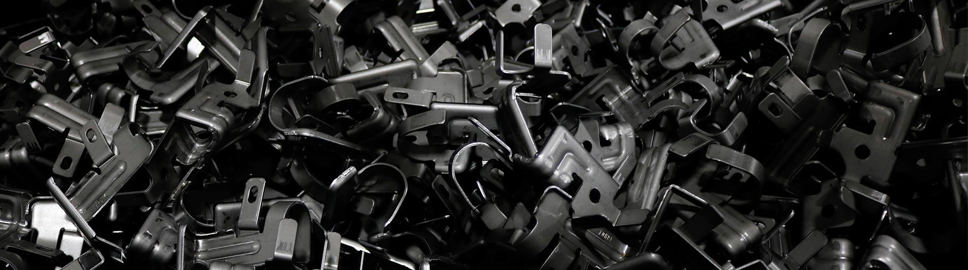 metalworks-slider-02-GT-Stamp-Ford-F250-F350-537x1920